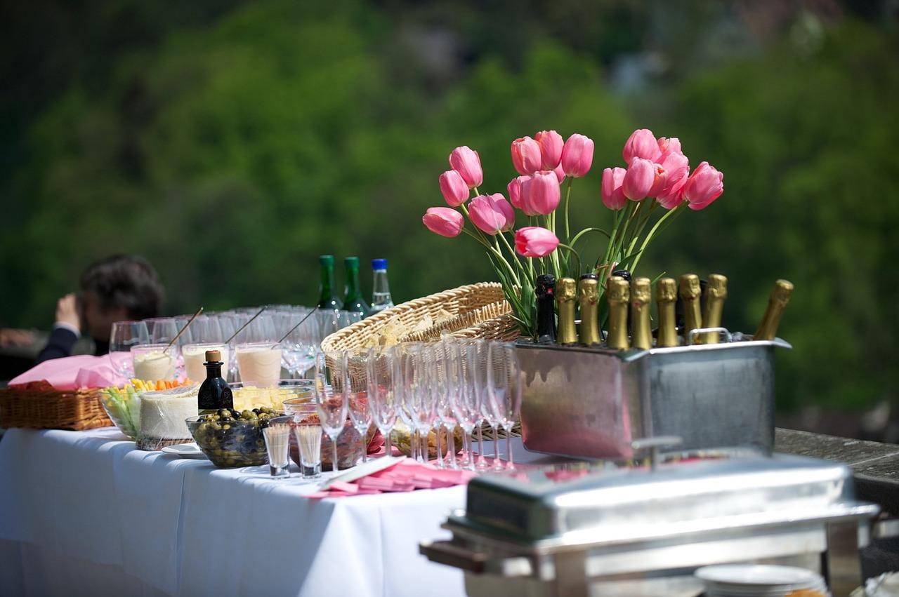 Des menus succulents: repas traiteur anniversaire